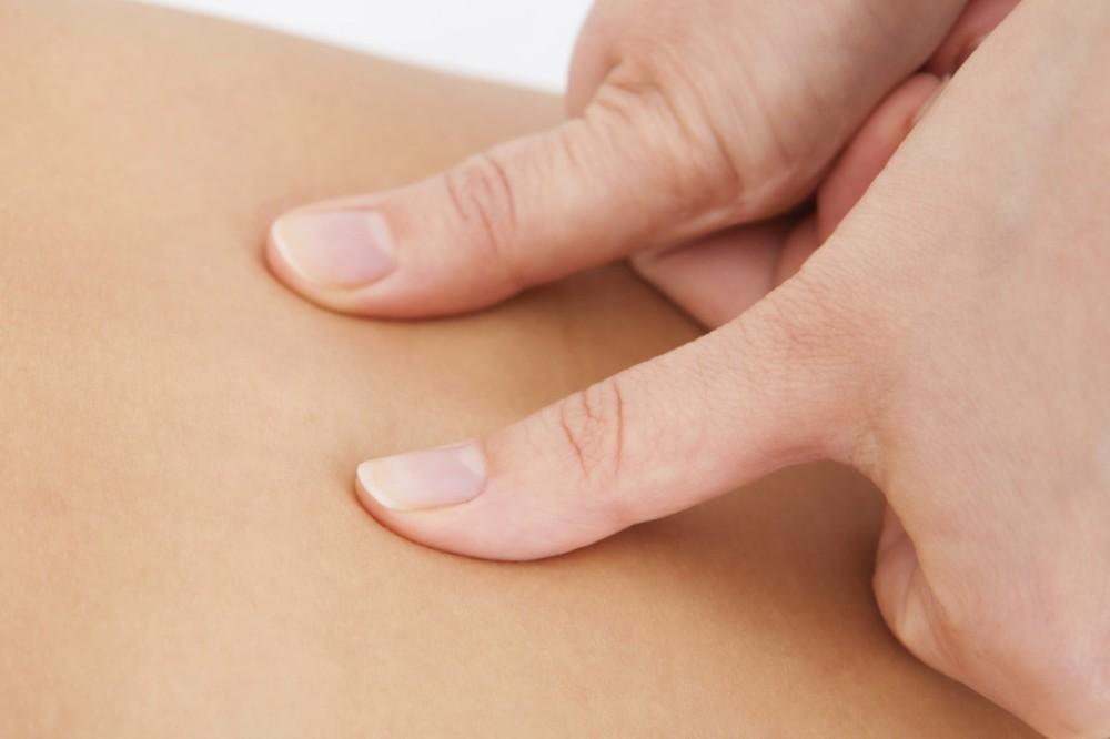 thumbs_massage-1024x682